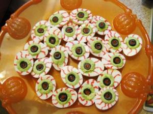 Recipes: Halloween Deviled Eyeballs | i . am . kristin