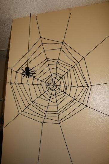 yarn-spider-web-diy